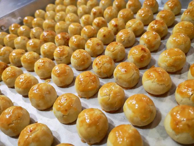 Golden Pineapple Ball